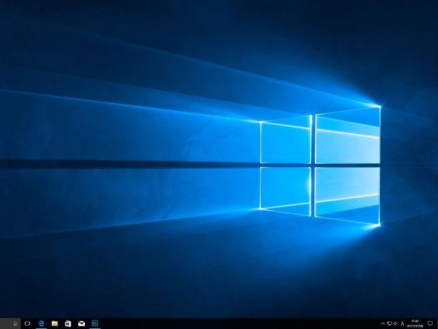 Windows 10 Anniversary Updateデスクトップイメージ