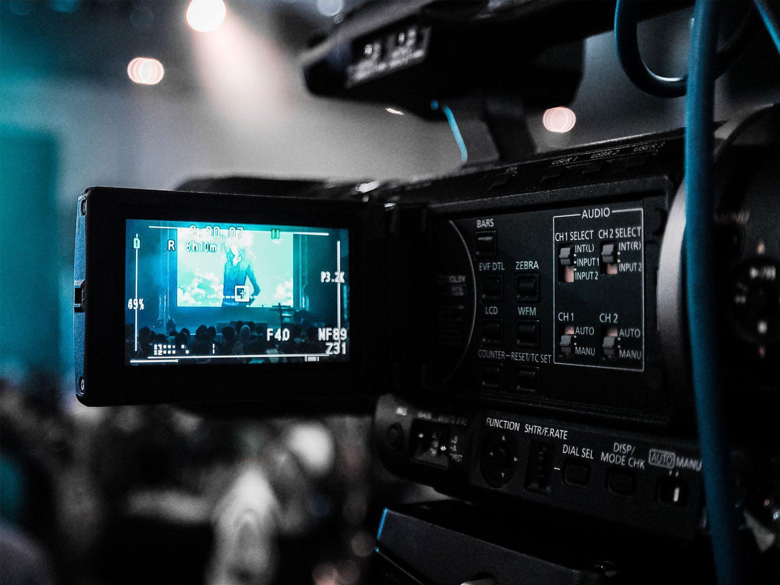 イベントを撮影するカメラのモニター画面